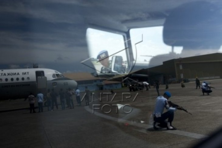 Simulasi Pengamanan  Pesawat Asing