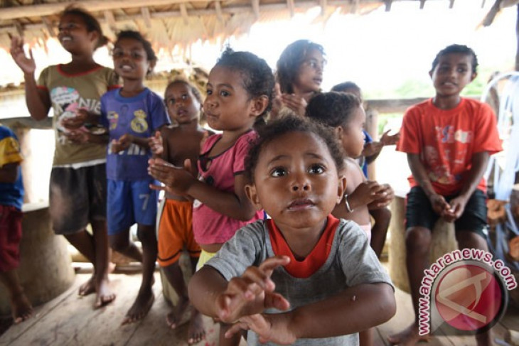 Indonesia`s productive age population increasing