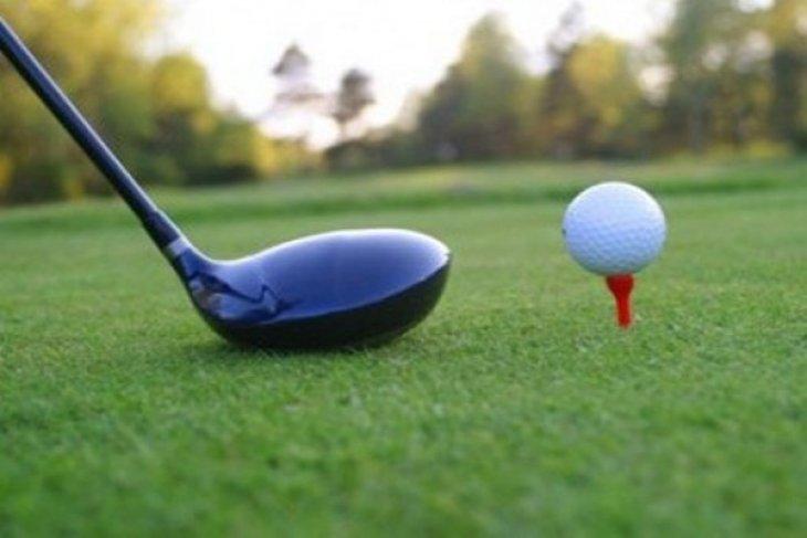 Turnamen Memorial PGA Tour lengkapi penonton chip penjaga jarak