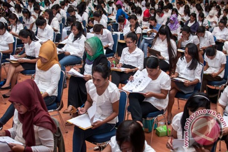 Hong Kong needs more foreign domestic workers, including from Indonesia