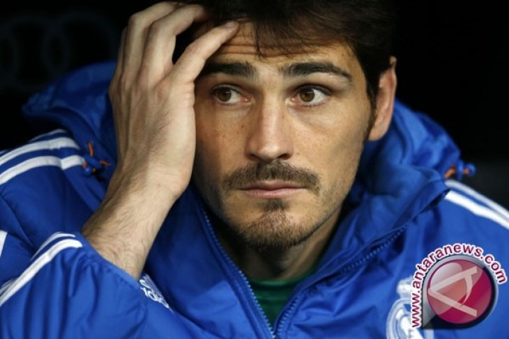 Iker Casillas akan dilepas oleh klub Portugal FC Porto