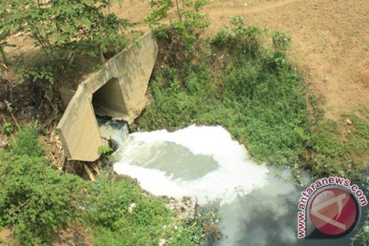 Kementerian Lingkungan Hidup Tinjau Ipal Pabrik Kertas