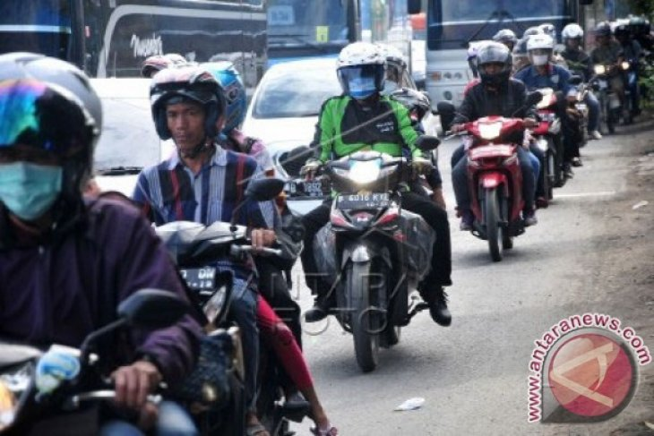 60 persen buruh Bekasi laksanakan mudik
