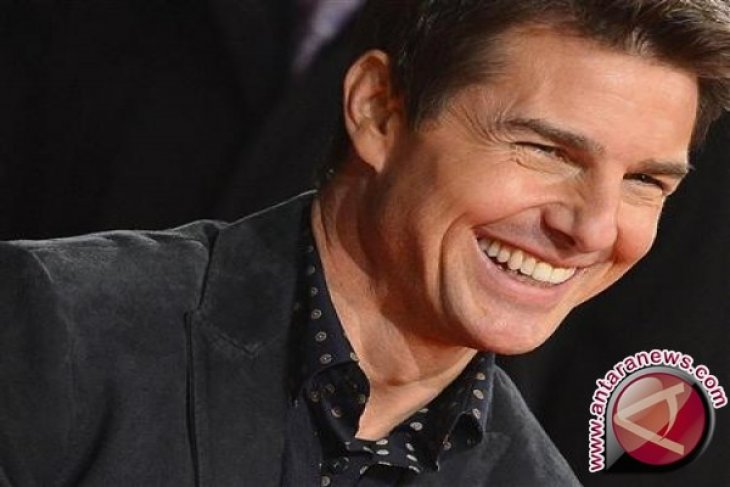 Tom Cruise tertarik