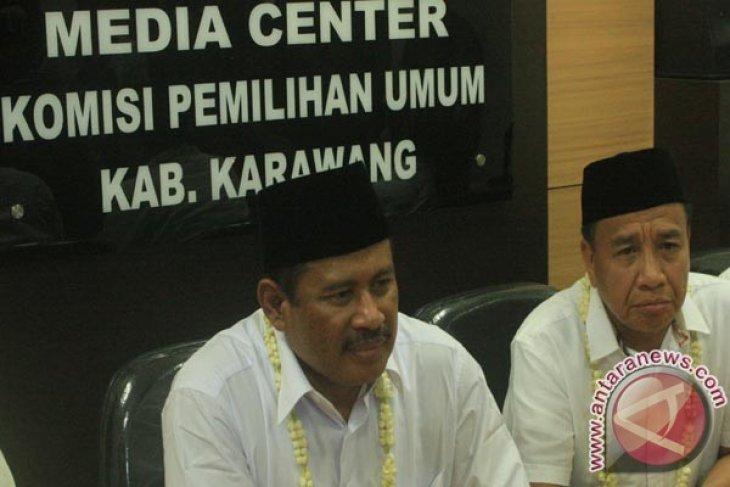 Pasangan Marjuki/Miing Mendaftar Ke KPU Karawang