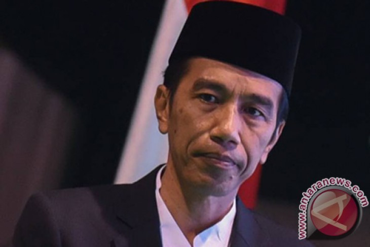 President Jokowi expresses condolences over military plane crash