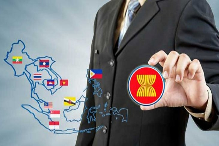 Indonesia should develop creative economy to face AEC: Businessman