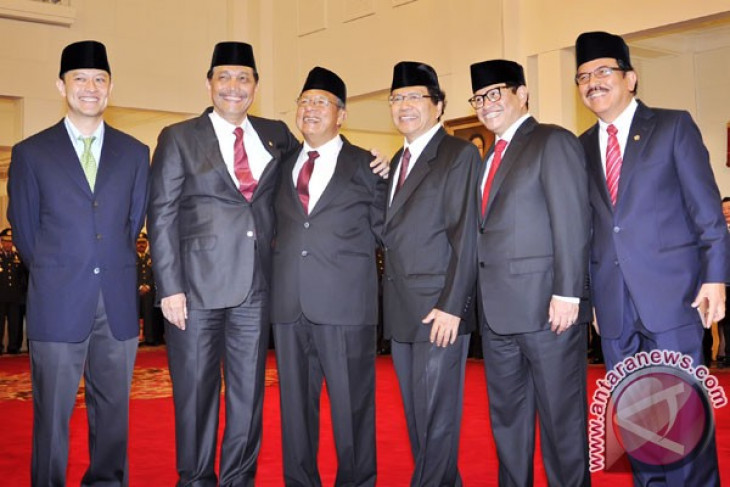 Jokowi's new cabinet gives new hope : Observer