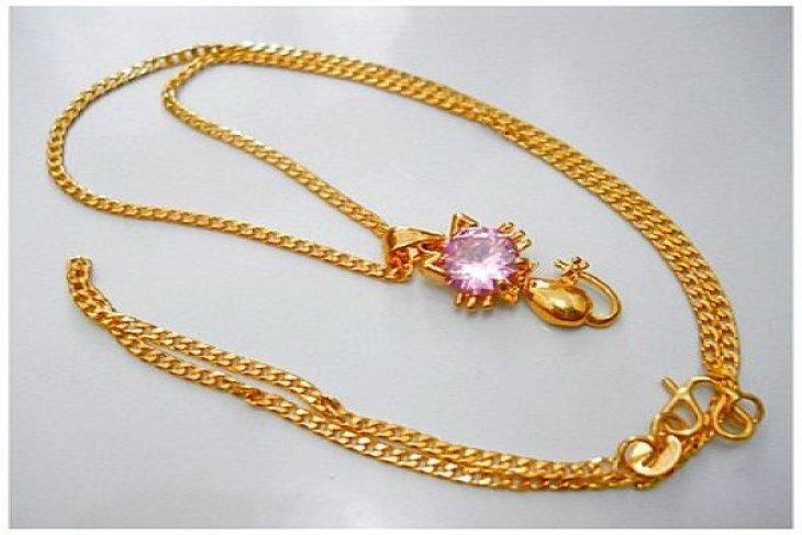 Seorang warga jadi korban hipnotis, kalung emas seberat 37,5 gram melayang
