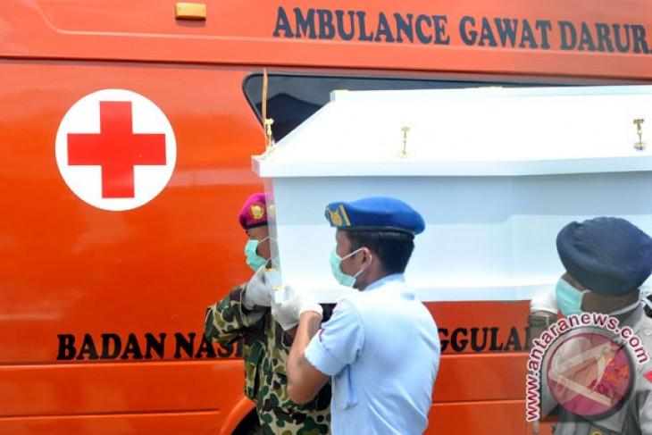 Police identify 12 victims of Trigana Air crash