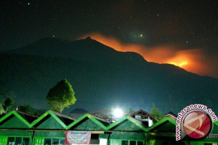 BNPB: Kebakaran di Gunung Merbabu Berhasil Dipadamkan