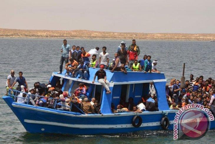 Bayi, anak-anak tenggelam setelah kapal migran menuju Yunani terbalik