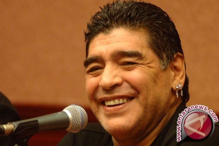 Maradona Ledek Platini dan Blatter