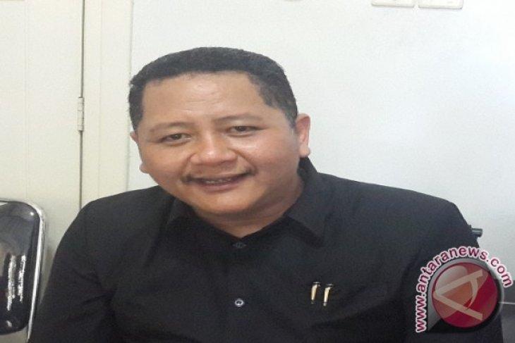 Wawali Surabaya Berharap Pers Turut Gelorakan Budaya Literasi