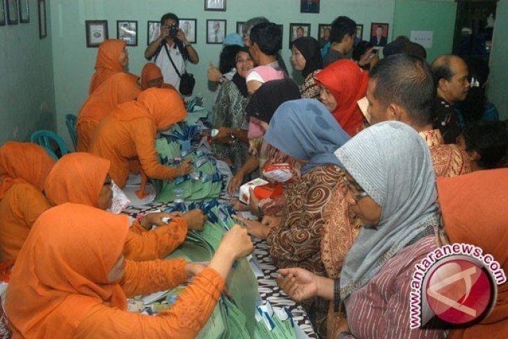 Penderita Kaki Gajah Diberi Pengobatan di Aceh Barat