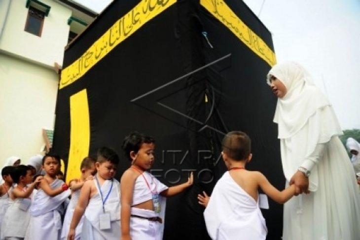 1.000 Santri Singkawang Dilatih Manasik Haji
