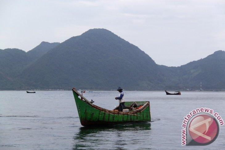Nelayan Simeulue hilang dari boat saat memancing