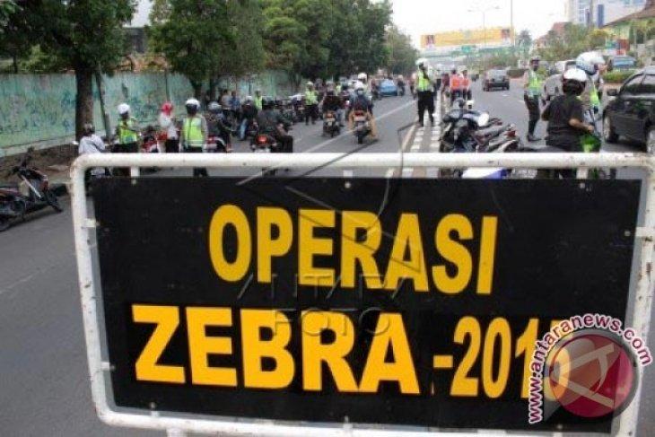 Polisi Layani SIM Online Warga Lampung