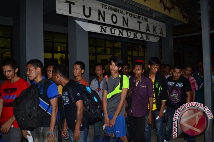 Indonesia awaits Malaysia`s decision on deportation of illegal workers