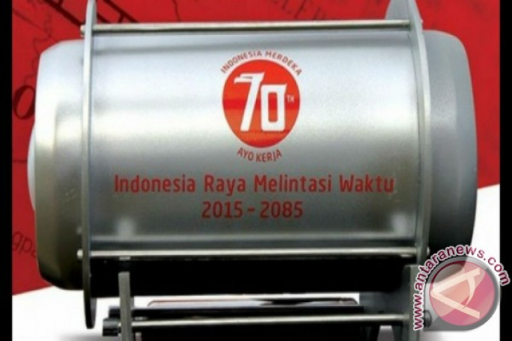 "President Jokowi plants ""capsule of dreams"" in Papua"
