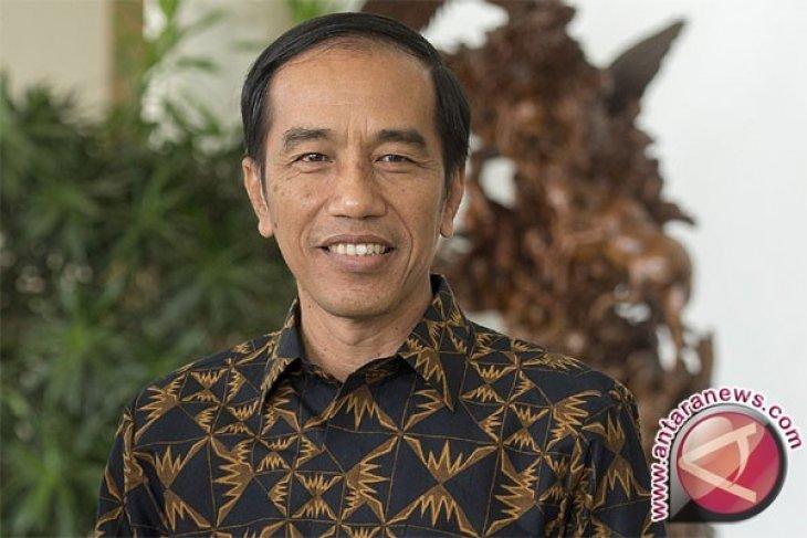 Presiden Jokowi: Pembangunan rel KA kemungkinan dari Sorong