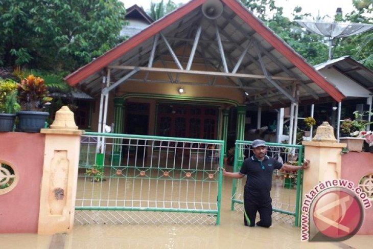 Kabupaten Bireuen Dilanda Banjir