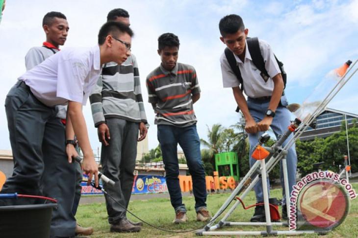 Dua pelajar Kota Ambon ukir prestasi di kancah internasional