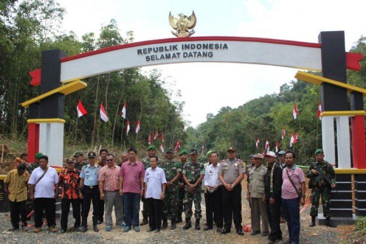 TNIi Bersama Rakyat Lindungi NKRI