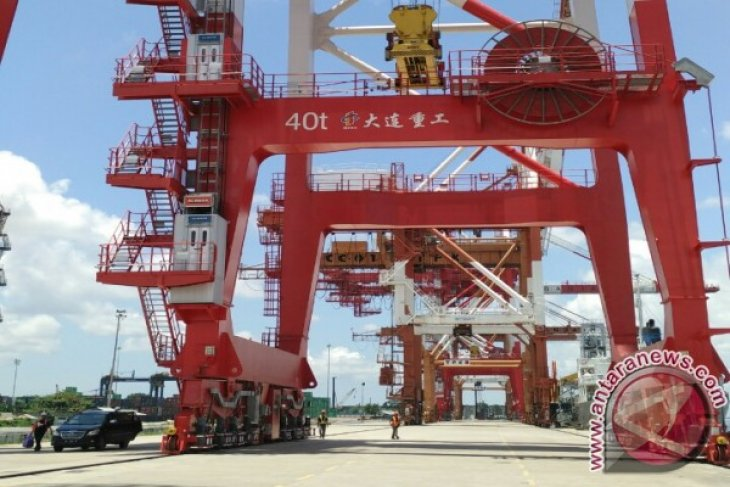 South Kalimantan's export and import dip in January