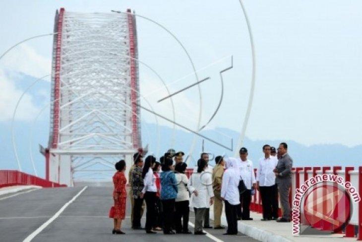Warga Minta Penerangan Jembatan Pak Kasih Difungsikan