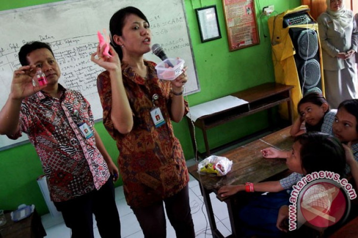 S. Sumatra education office anticipates circulation of drugs in schools