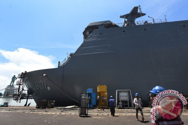 Jusuf Kalla scheduled to see off maiden export of warship