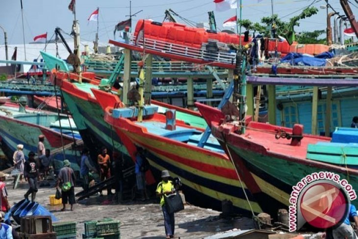 Kapal Nelayan Bangka Selatan Hancur Ditabrak Tanker