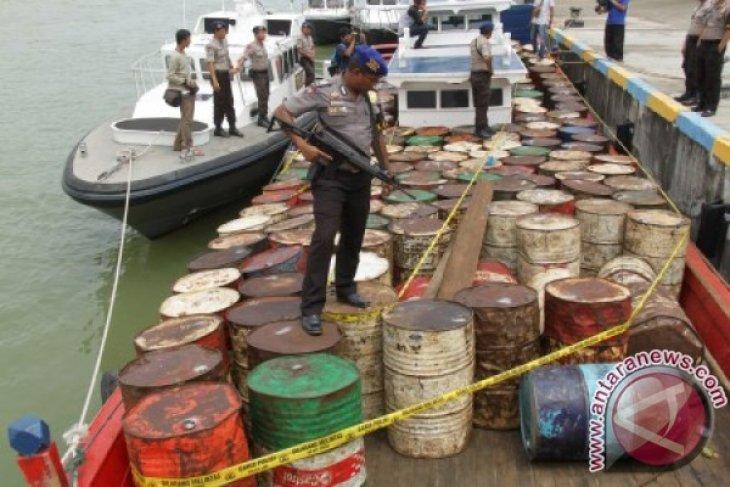 Polisi Aceh Selatan tangkap terduga penyalahgunaan minyak subsidi
