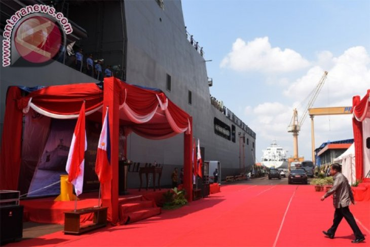 VP Kalla sees off first export of Indonesian warship