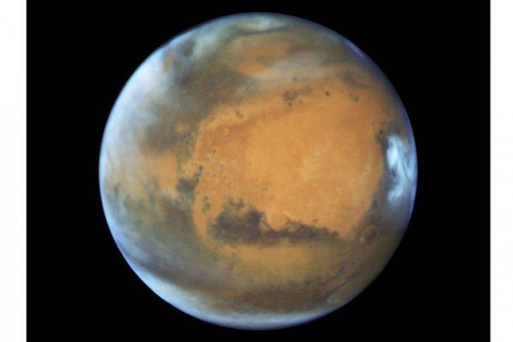 Mars Dekati Bumi Bulan Ini