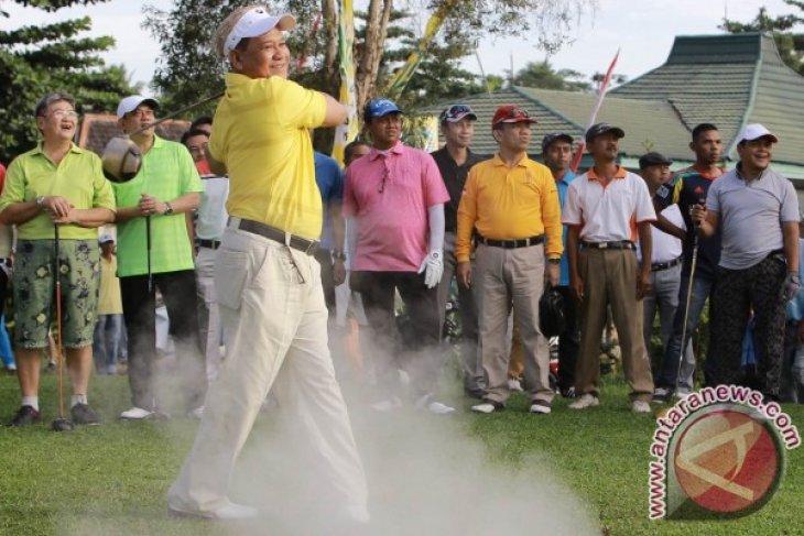 PGI Gelar Turnamen Golf Saijaan