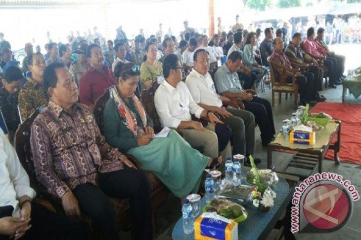 Menteri Susi Geleng Kepala Kapal Keruk Mangkrak