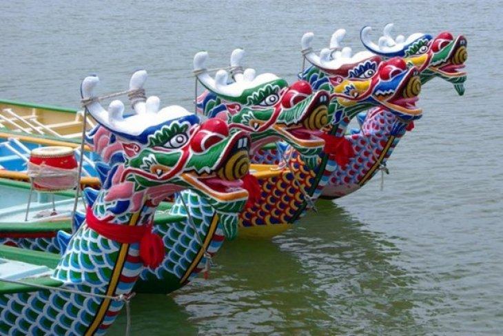 Ragam Tradisi Festival Perahu Naga Tiongkok