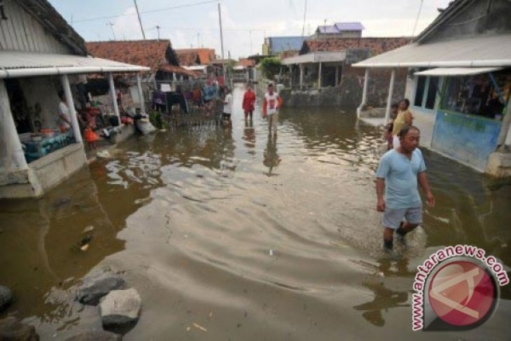 Banjir Rob Landa Enam Kecamatan Di Sukabumi