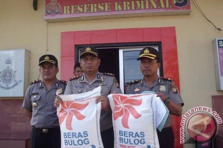 Polres Rejanglebong amankan 18 ton raskin bermasalah