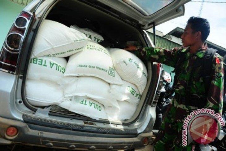 Polisi Amankan Gula Ilegal Dan Daging Tringgiling