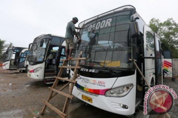 Harga Tiket Bus Di Lhokseumawe Naik Antara News Aceh