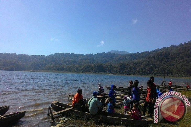 Lake Tamblingan can be developed into conservation-based tourist destination