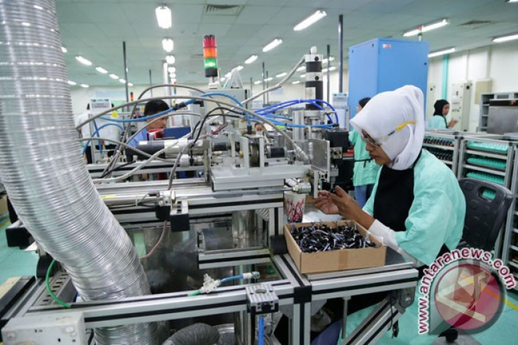 Net liability of Indonesia's int'l investment position falls in Q2
