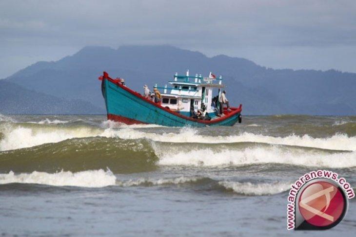 Cuaca Buruk Hentikan Transportasi Laut-Udara di Aceh