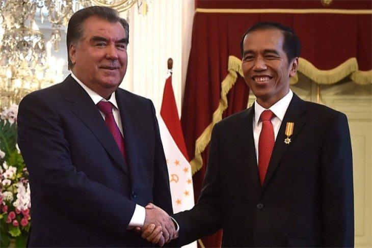 Indonesia, Tajikistan discuss cooperation
