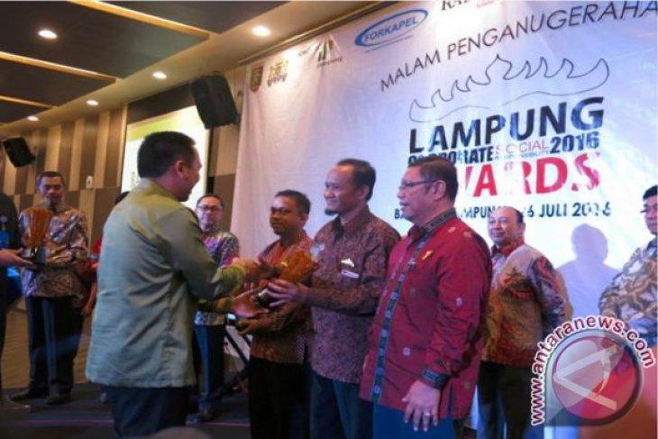 Coca-Cola Raih Anugerah Lampung CSR Awards