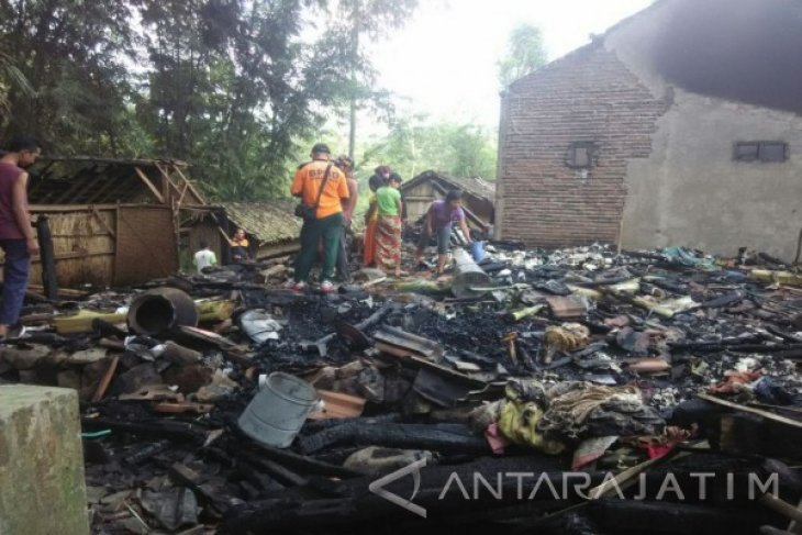 BPBD Situbondo Akan Dirikan Tenda Untuk Korban Rumah Terbakar