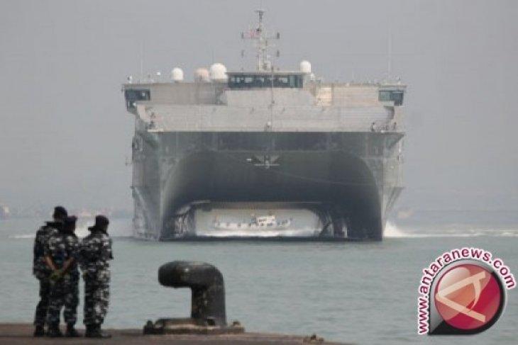 Kapal Amerika-Indonesia gelar Latihan Bersama di Laut Jawa